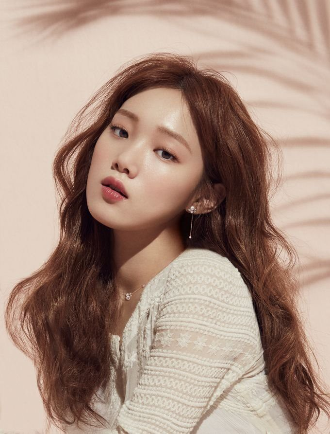 voh-lee-sung-kyung-makeup-5