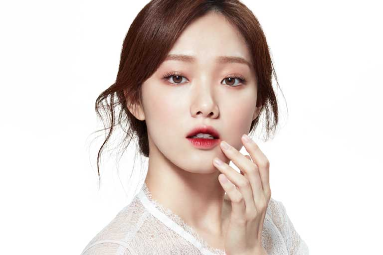 voh-lee-sung-kyung-makeup-1