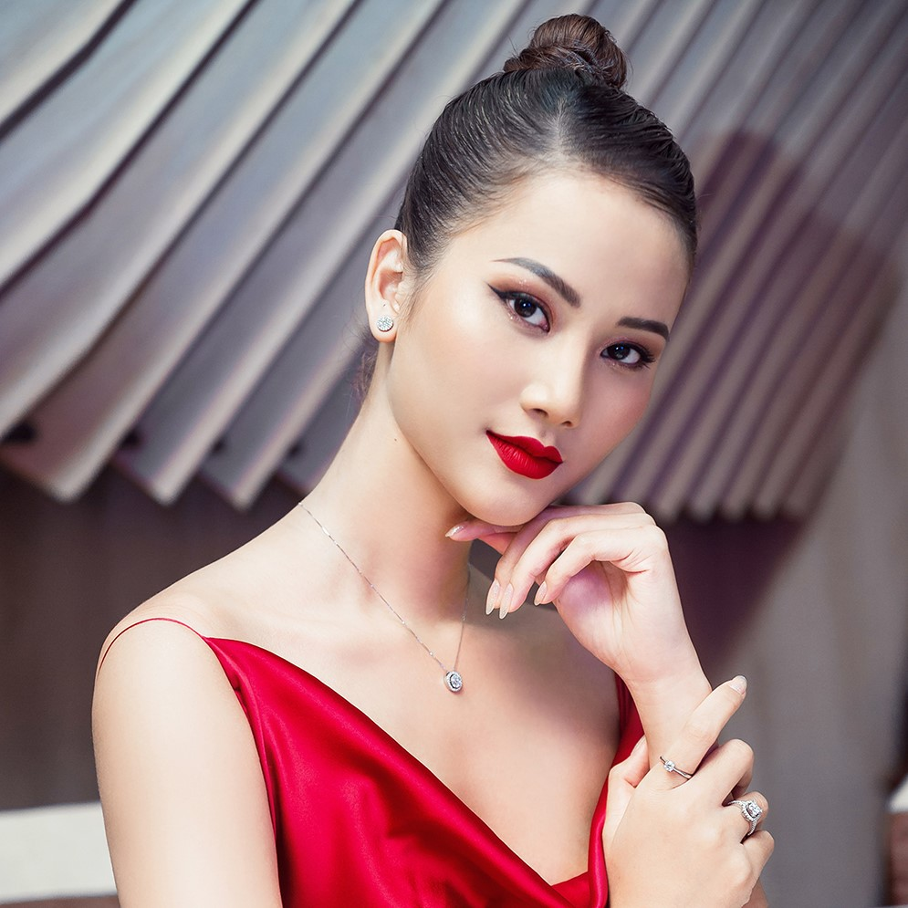 voh-my-nhan-viet-tuoi-hoi-1995-Huong-Ly-2