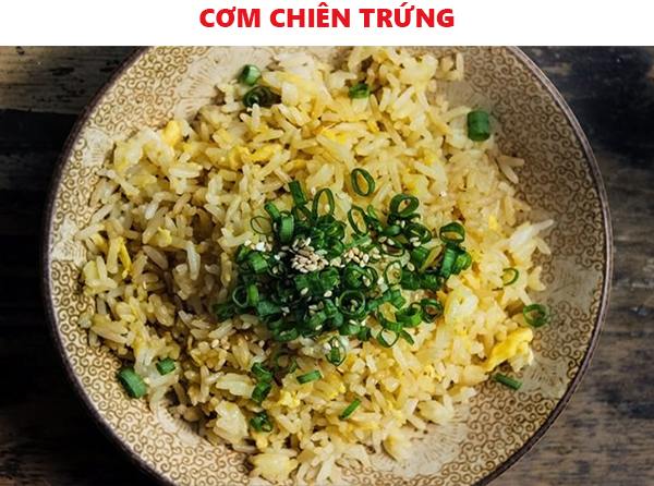 cach-lam-com-chien-trung-sieu-nhanh-theo-cach-nguoi-ban-voh
