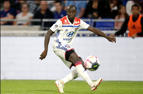Real Madrid muốn mua Mendy