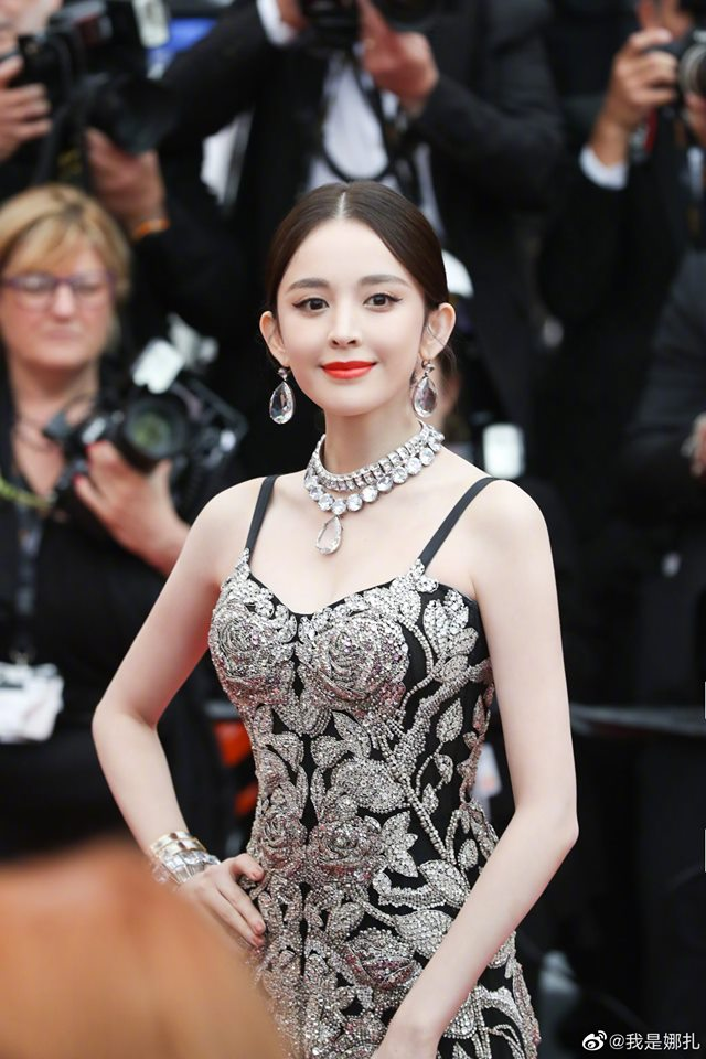 VOH-Cannes-2019-Co-Luc-Na-Trat-Ngoc-Trinh-9