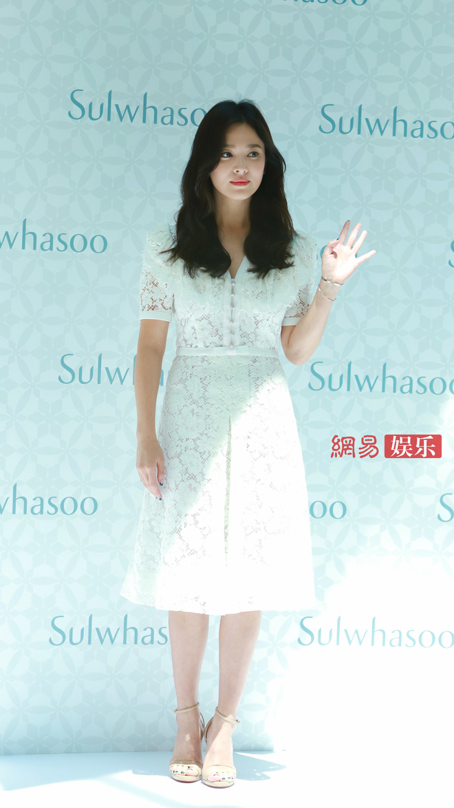 voh-song-hye-kyo-xuat-hien-sau-chia-tay-voh.com.vn-anh1