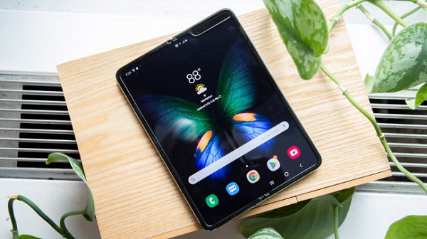 VOH.com.vn-Review-Galaxy-Fold-anh-5