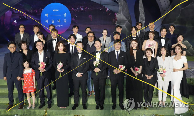 voh-jung-hae-in-va-co-duyen-voi-cac-chi-dep-voh.com.vn-anh28