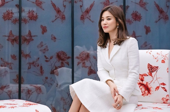 VOH-song-hye-kyo-nhan-cuoi-anh1