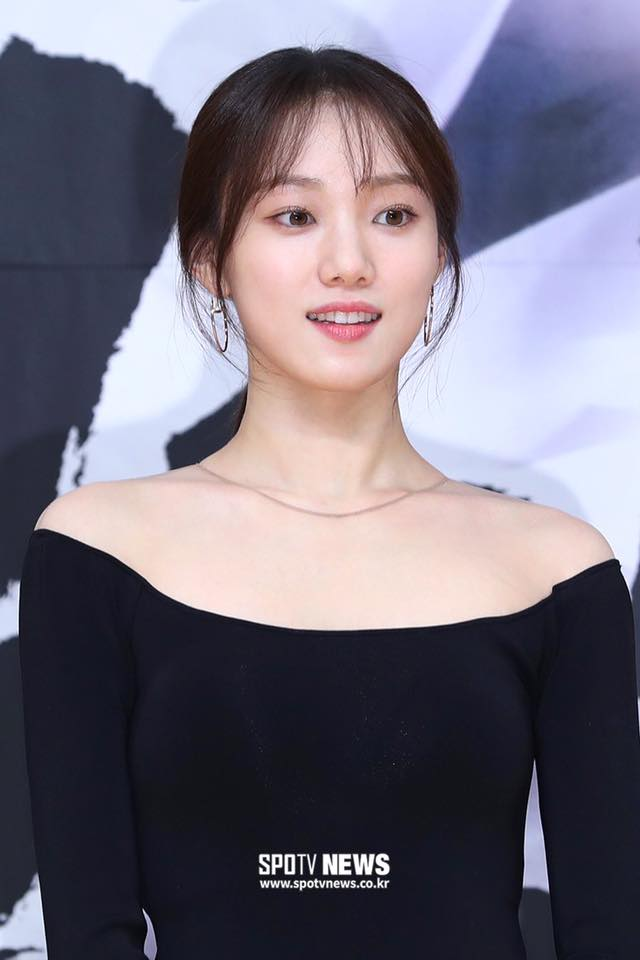 VOH-lee-sung-kyung-xinh-dep-anh6