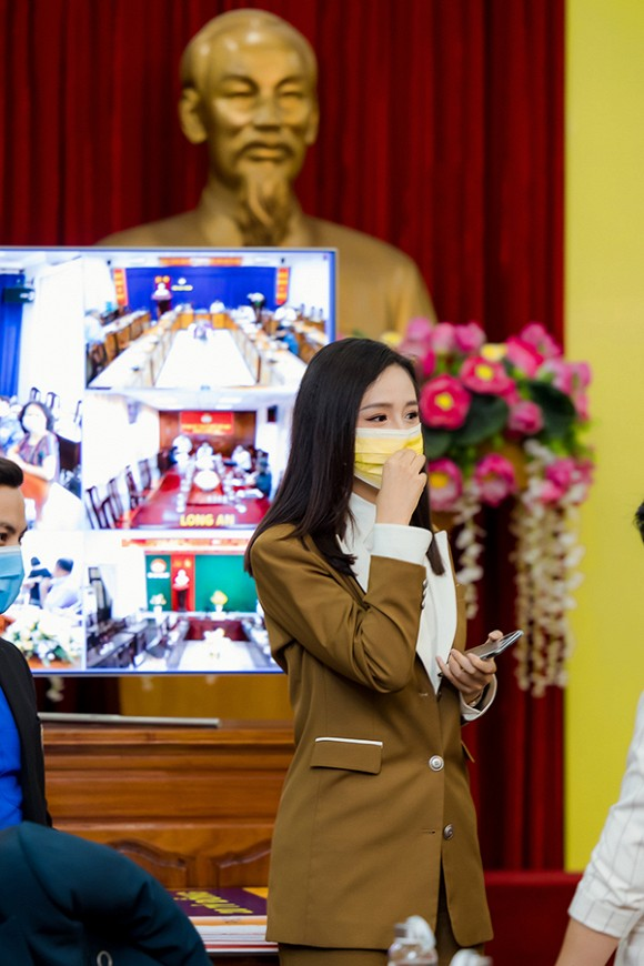 voh-mai-phuong-thuy-dai-dien-cong-ty-gop-20 ty-voh.com.anh4
