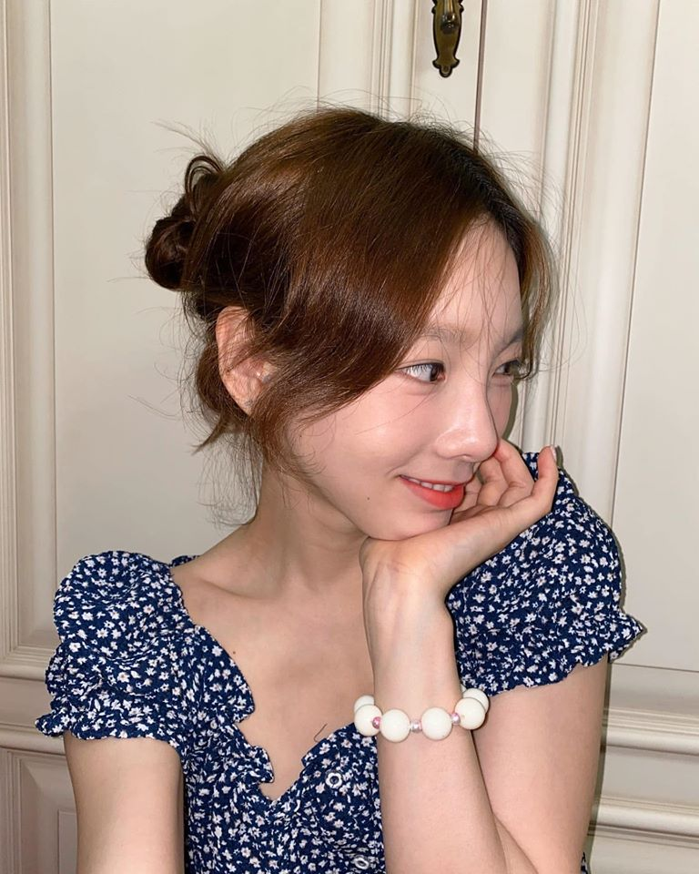 VOH-taeyeon-ban-vong-tay-anh2