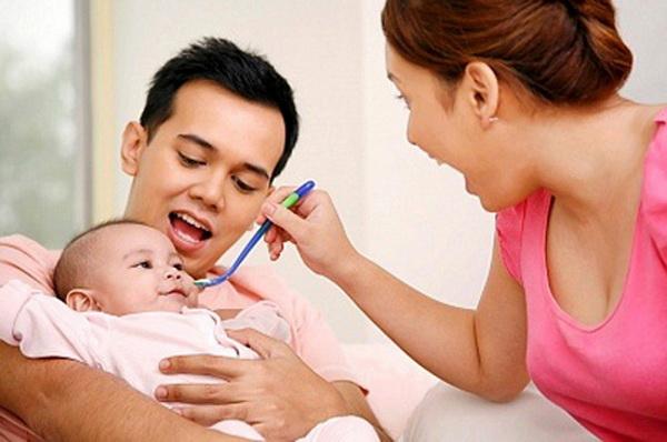 chọn cách ăn thích hợp cho trẻ bị tay chân miệng tại nhà voh.com.vn