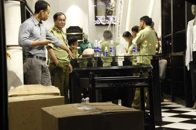 Kiểm tra cửa hàng KhaiSilk tại TPHCM