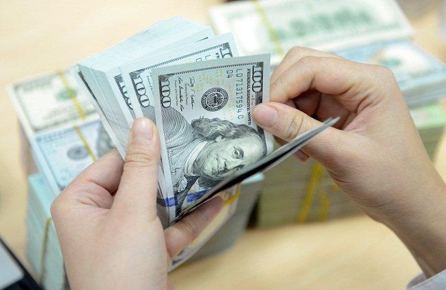 USD tiếp tục lên cao