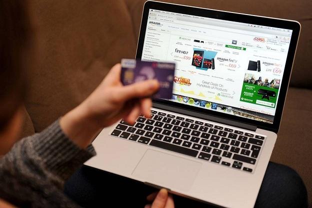Coi chừng khi mua online vào ngày Black Friday