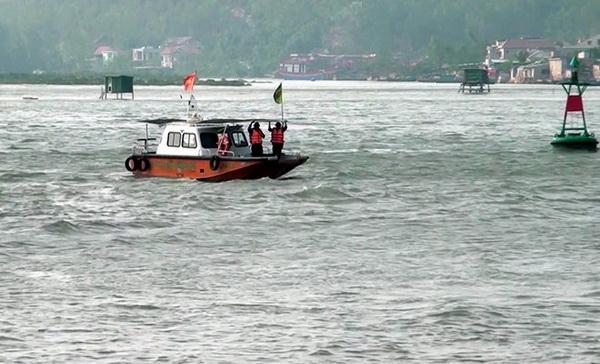 Cứu nạn tàu cá