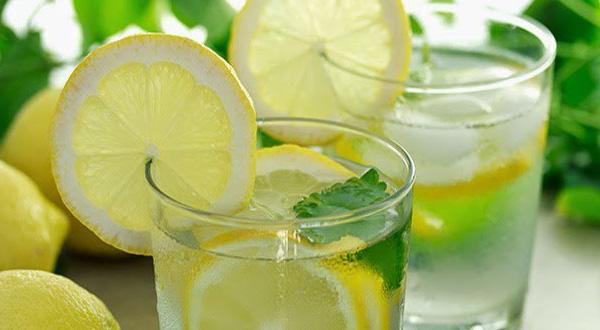 Nước chanh ấm có ích lợi cho sức khoẻ