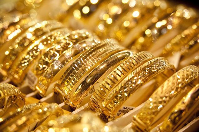 Giá vàng hôm nay 30/12/2017: Khép lại phiên cuối năm giá cao ngất ngưởng