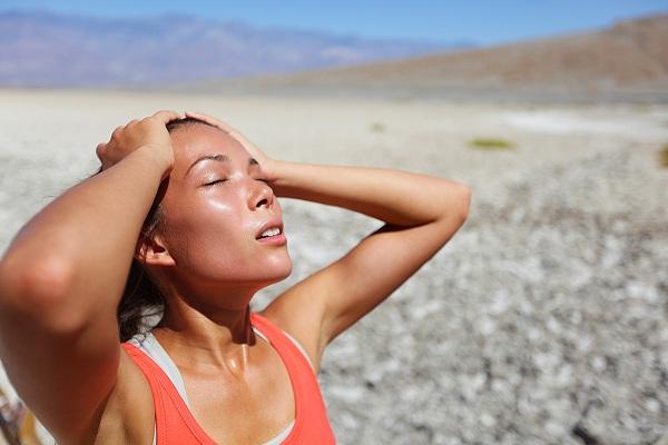 Cơ thể có cảm giác nóng bức khi nhiệt độ từ 33 độ C trở lên