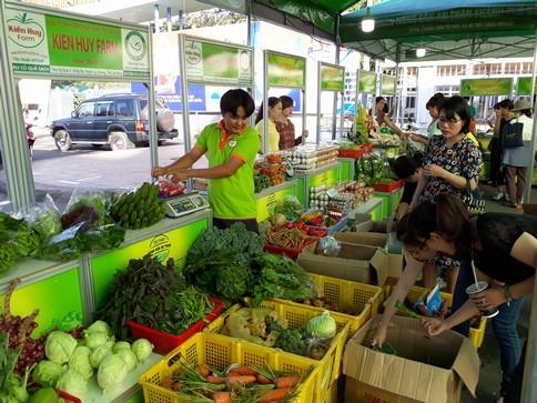 Chợ phiên nông sản an toàn