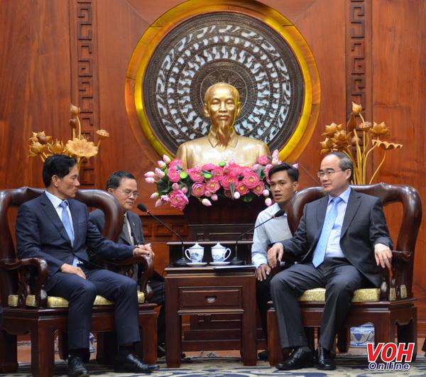 Bí thư Thành ủyNguyễn Thiện Nhântiếpđoàn Thủ đô Phnôm Pênh - Vương quốc Campuchia
