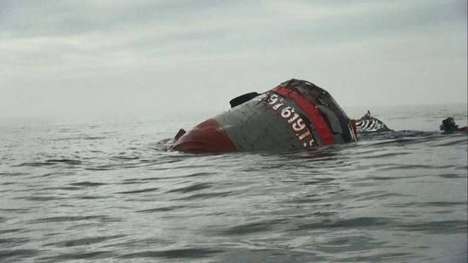 chìm tàu cá