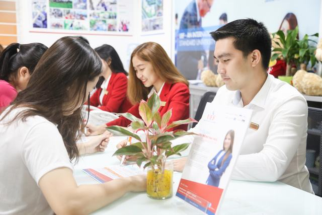 Phương thức tuyển sinh, Đại học Kinh tế Tài chính TPHCM, tuyển sinh 2018