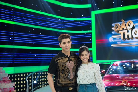 Vợ chồng Tim và Trương Quỳnh Anh