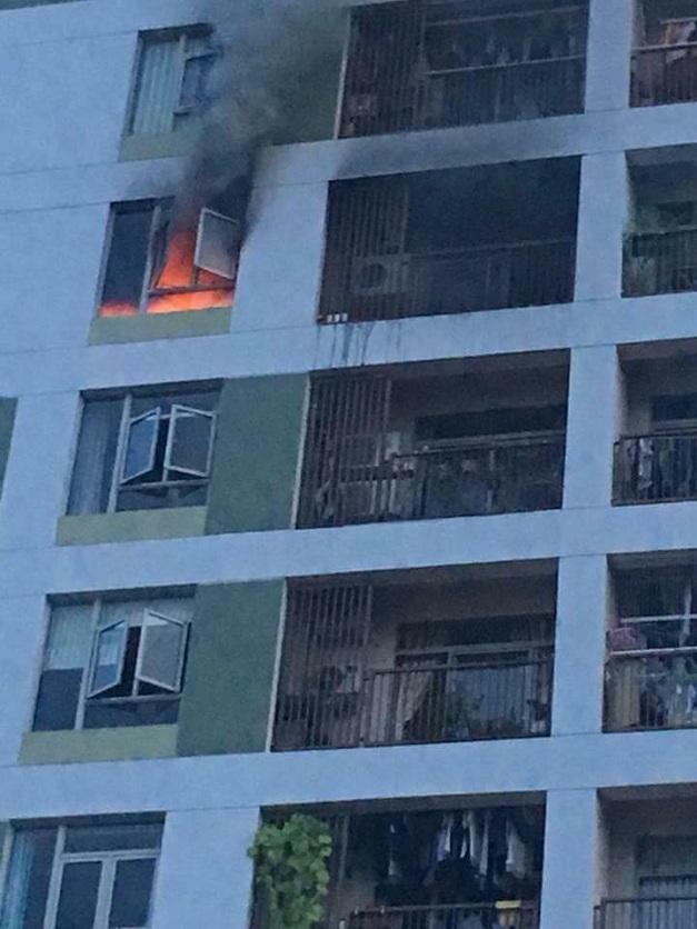 Cháy căn hộ tầng 8 chung cư ParcSpring quận 2