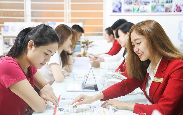 Đại học Kinh tế - Tài chính TPHCM tuyển sinh 16 ngành, hơn 1800 chỉ tiêu