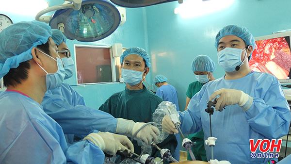 Phẫu thuật nội soi điều trị dạ dày
