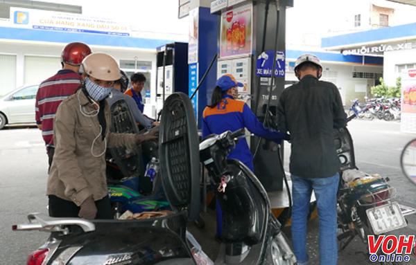 Từ 15 giờ hôm nay (7/4): Giá xăng dầu đồng loạt tăng