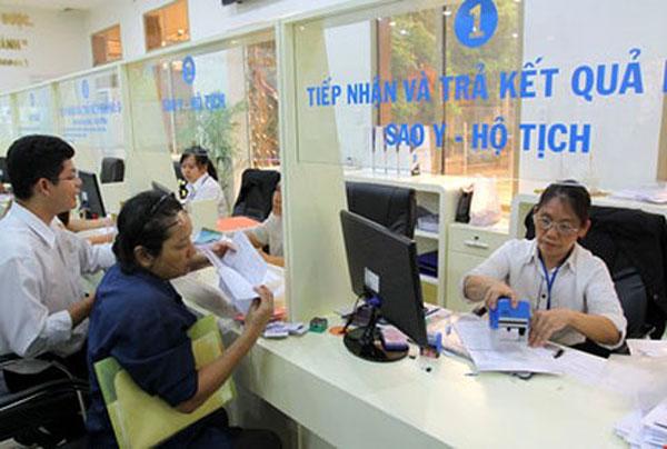 Mỗi đơn vị phải xây dựng ít nhất 1 dịch vụ hành chính công với Bưu điện Thành phố
