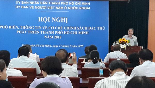 Kiều bào TPHCM nghe thông tin về cơ chế chính sách đặc thù phát triển thành phố