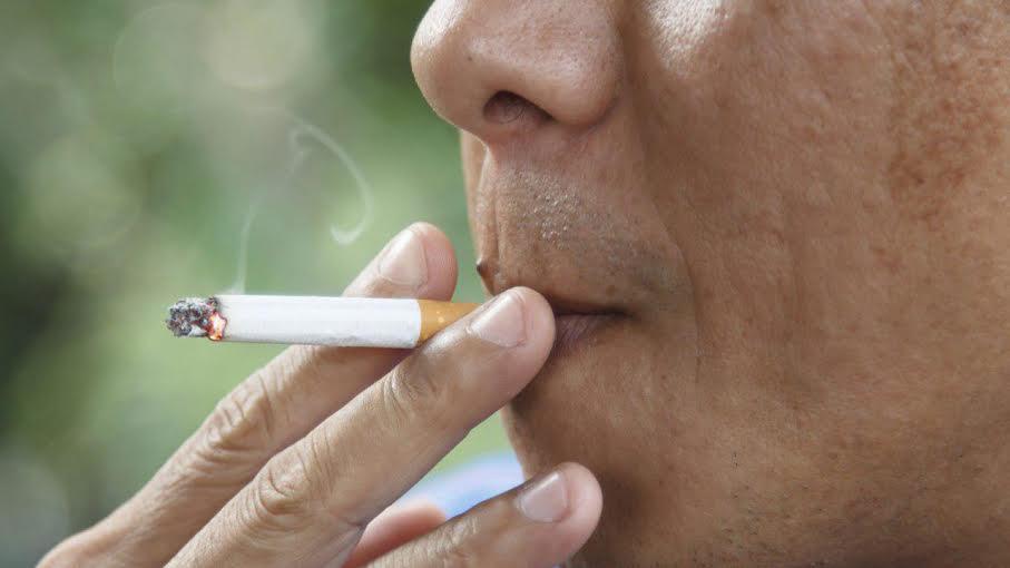"""Campuchia: Trả phí """"khủng"""" khi hút thuốc nơi công cộng"""