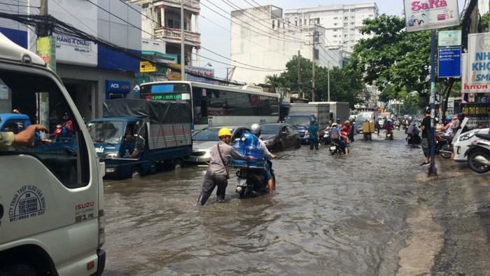 Thanh tra giao thông, công trình gây ngập