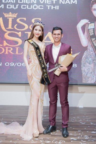 Chi Nguyễn biểu diễn ảo thuật trong phần thi tài năng tại Miss Asia World 2018