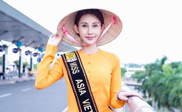 Chi Nguyễn mặc áo bà ba, lên đường tham gia Miss Asia World 2018