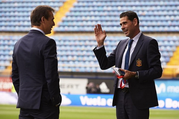 Fernando Hierro dẫn dắt Tây Ban Nha