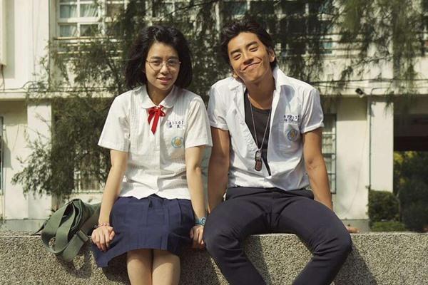 Our Times – bộ phim xứ Đài đã từng làm tan chảy trái tim của rất nhiều cô gái với chuyện tình trai hư – gái ngoan.