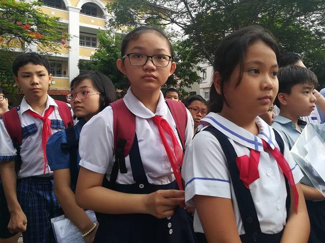 Thí sinh dự thi vào lớp 6 Trường THPT chuyên Trần Đại Nghĩa