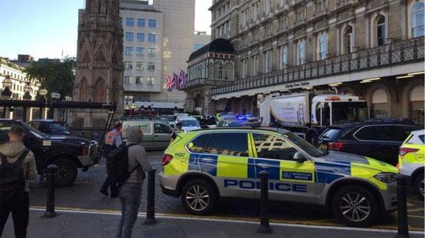 Cảnh sát Anh sơ tán nhà ga ở London sau khi bị đe dọa có bom