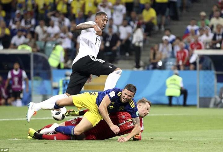 Đức nhọc nhằn thắng Thụy Điển trong phút cuối