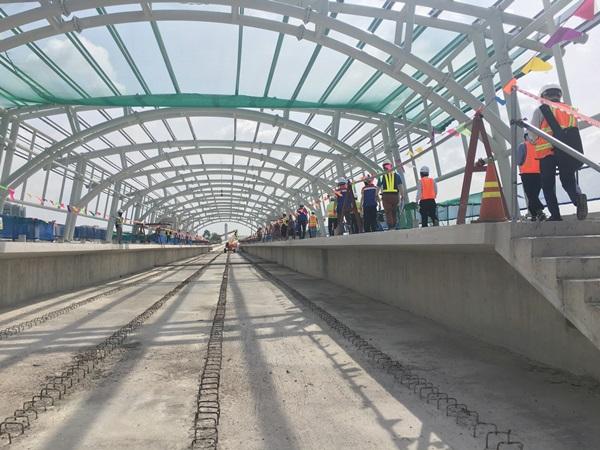 Tại khu vực nhà ga Thủ Đức, đường ray trên cao đã hình thành