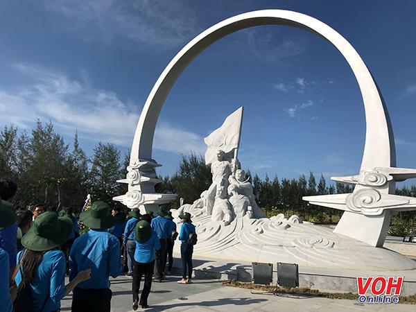 Cán bộ Công đoàn TPHCM, Gạc Ma, Khu tưởng niệm Gạc Ma