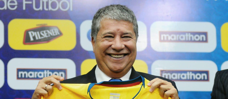 HLV Dario Gomez dẫn dắt Ecuador