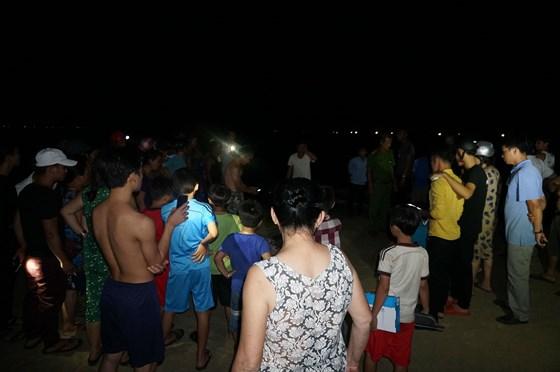 Tắm biển, 3 học sinh bị đuối nước tử vong