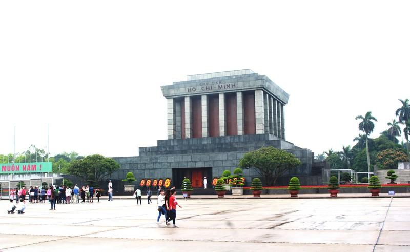 Từ ngày 16/8: Lăng Chủ tịch Hồ Chí Minh mở cửa trở lại