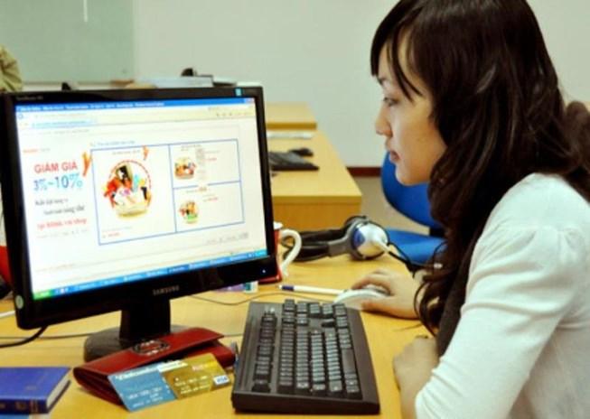 Truy thu thuế, tài khoản Facebook, bán hàng qua mạng