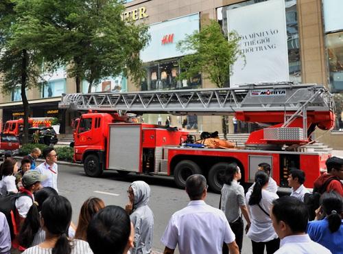 Cháy trung tâm thương mại, hỏa hoạn