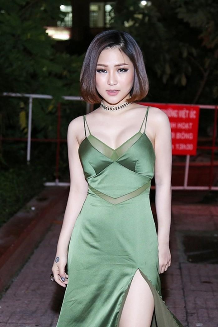 VOH-Huong-Tram-dien-do-xuyen-thau-10