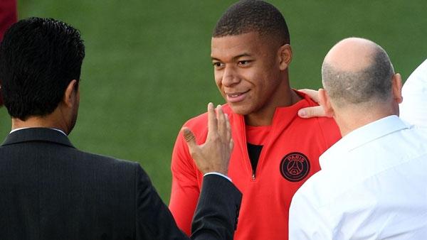 Kylian Mbappé trong buổi tập của PSG chuẩn bị cho cuộc so tài với Liverpool.
